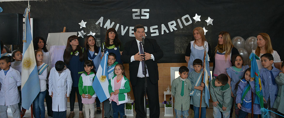 """El Jardín de Infantes N° 914 """"Las Golondrinas"""" festejó sus 25 años de creación"""