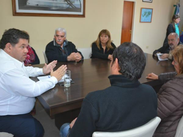 Nedela se entrevistó con representantes de ATE y la CTA