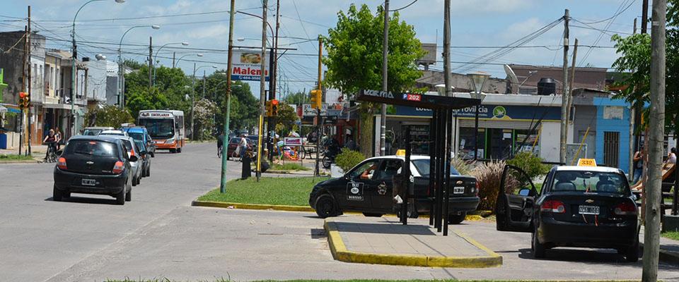 Municipio y agencias acordaron reorganizar el funcionamiento de las paradas de taxis