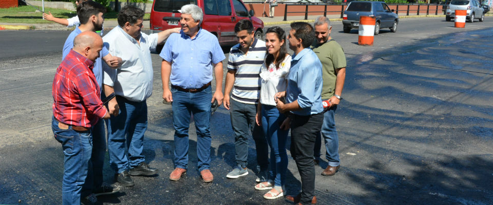 El intendente Nedela recorrió las obras de repavimentación de las Avenidas Génova y Montevideo
