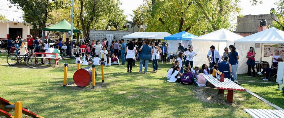"""Con variadas propuestas y servicios se realizó una nueva jornada del programa """"Salud te Encuentra"""" en Plaza Belgrano"""