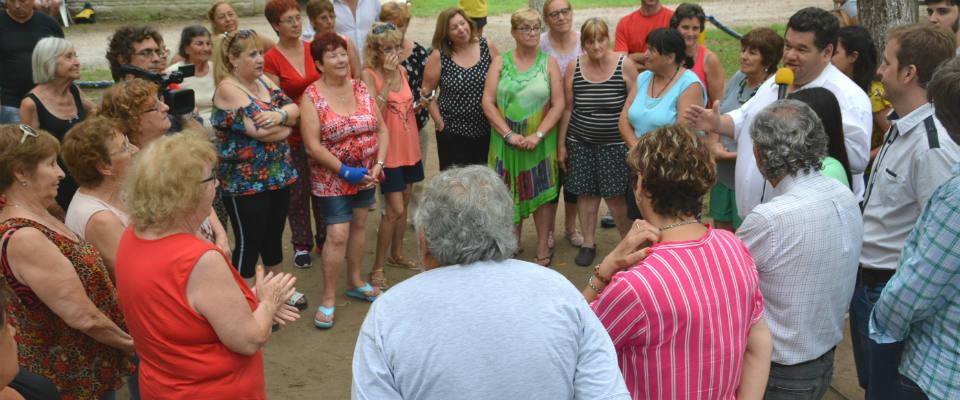 El intendente Nedela acompañó a los Adultos Mayores en la Colonia Municipal de Vacaciones
