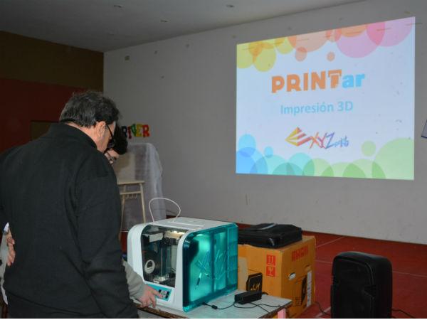 Las Escuelas Técnicas recibieron charlas de tecnología en impresiones 3D