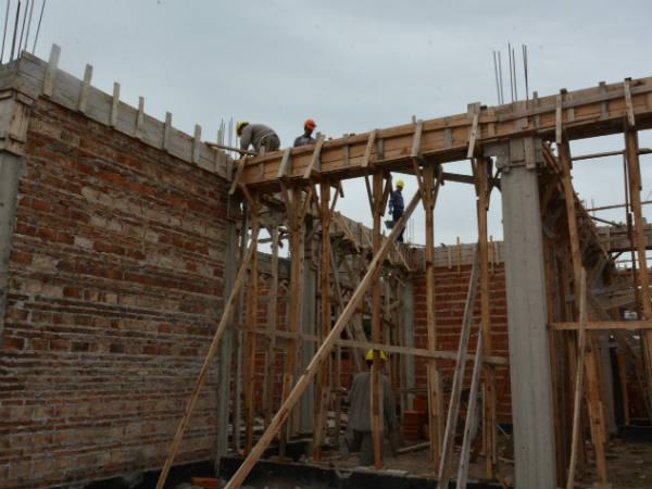 Se culmina la obra estructural de la planta baja del nuevo for Vivero arguello