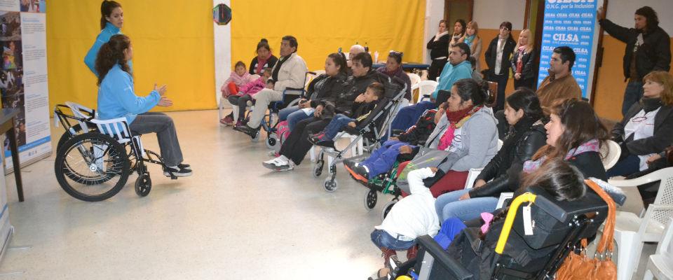 """Se inauguraron obras en la plaza """"Enrique Mosconi"""" en el marco del 80 Aniversario del barrio Universitario"""