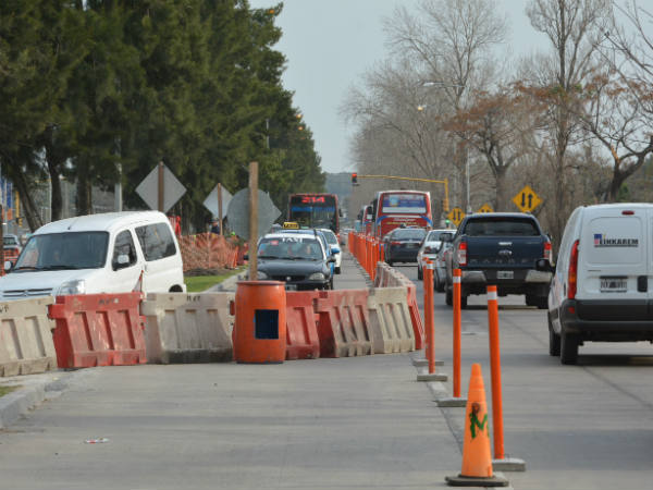 Cambio en el sentido del corte parcial por obras en Avenida del Petróleo