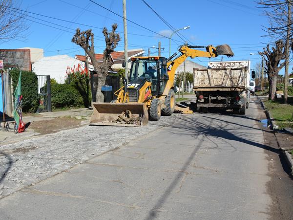 Llamados a licitación pública para puesta en valor de pavimentos rígidos y bacheos